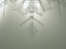 płatek śniegu, 2010, plastikowe linijki, ekierki i kątowniki, 3/3 (detal)