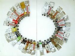 kolory języków: EN Fish n Chips, 2011, tubki z farbą ułożone alfabetycznie