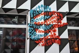łagodne przejście od mówienia do rzucania cienia, 2013, Miejsce Projektów Zachęty, Warszawa