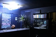 Café Cioran, 2014, operopodobna sceneria składająca się z czarnego baru otwierającego się o północy, czarnoskórego barmana ubranego na czarno, nihilistycznych książek przeciętych na pół, luster, neonowej lampy, sztucznych juk, własnej waluty, alkoholowych drinków własnej roboty oraz rzeźby z ciemnej plasteliny